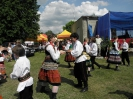 Występy grupy tańca ludowego na Dołhobrodzkiej Majówce